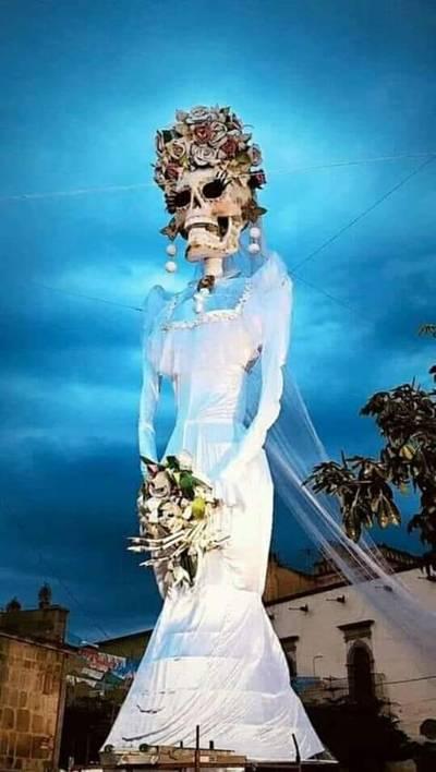 Noche De Récord Y Catrinas En Zapotlanejo El Occidental